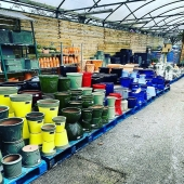 @kiernans.gardencentre are all ready for Spring with lots of new Lemonfield stock ☀️🤞🏼no doubt Garden Centres will get to open soon!  .  #lemonfield #pottery #containers #containerplanting #pots #spring #spring2021 #ireland #gardening #irish #supportlocal #limerick #cork #smallirishbusiness #garden #exteriordesign #exterior #home #homedecor #landscape #landscapes #landscapedesign #flowers #plants
